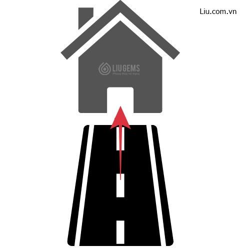 nhà có đường đâm thẳng